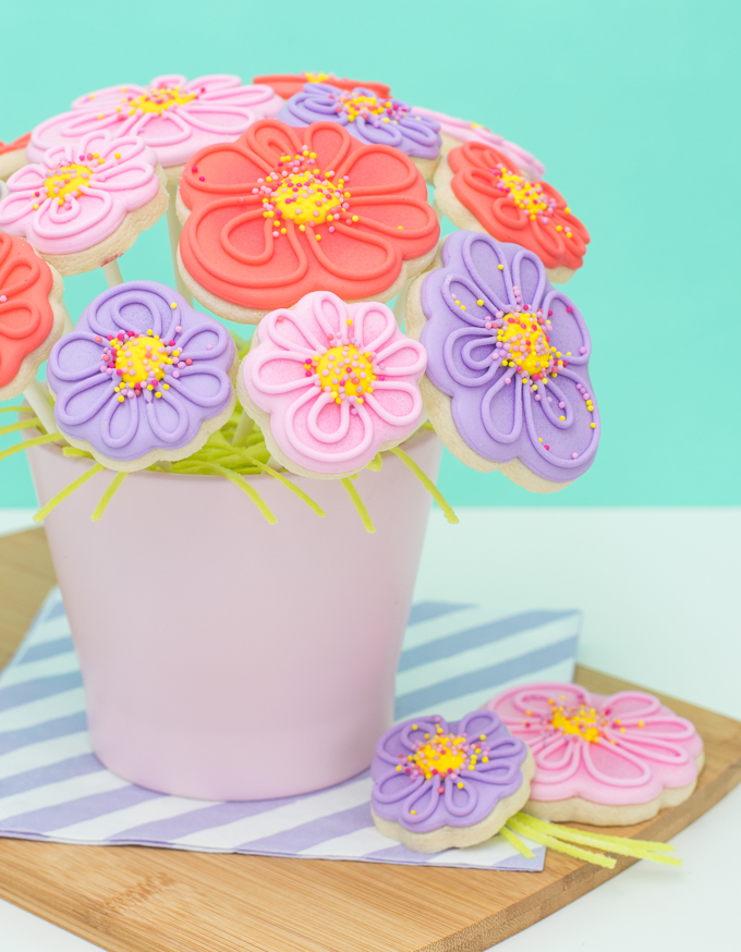 Whimsical Spring Cookie Flower Bouquet - thesprinklefactory.com